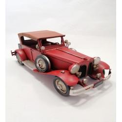 Kırmızı Metal Araba